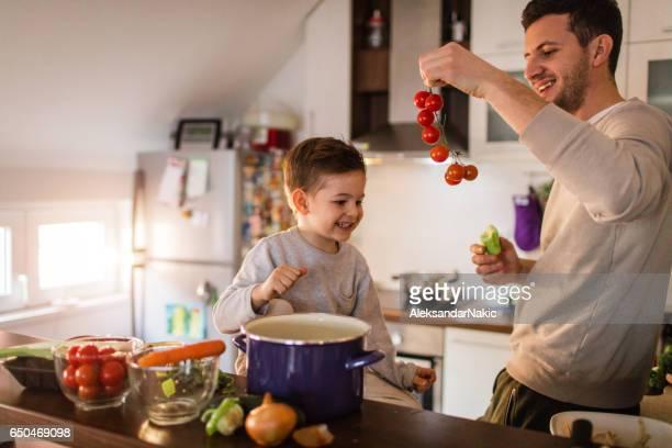Laten we enkele gezonde tomatensoep