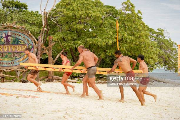 YOLO Let's Play Dean Kowalski Chelsea Walker Dan Spilo Aaron Meredith and Vince Moua on the second episode of SURVIVOR Island of Idols airing...