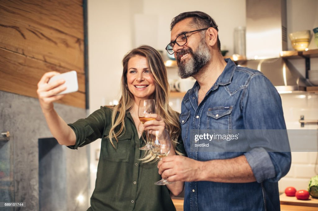 Let's show the world what love looks like : Stock Photo