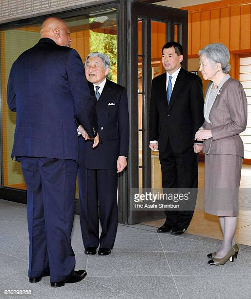 Letsie III of Lesotho is greeted by Emperor Akihito and Empress Michiko prior to their meeting at the Imperial Palace on November 25, 2016 in Tokyo,...