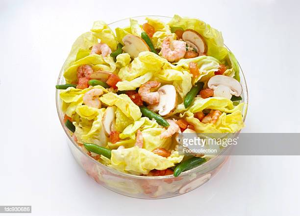Lettuce with Shrimp and Mushrooms