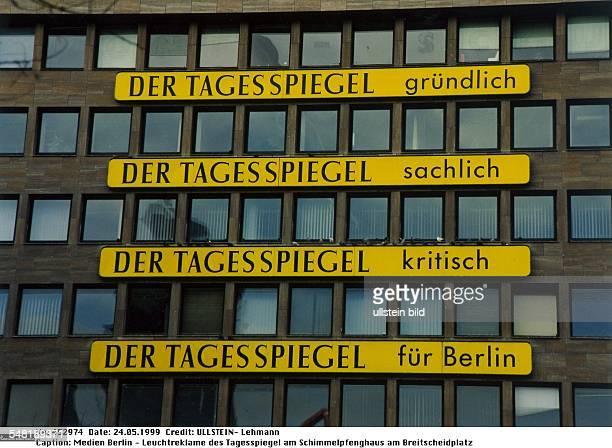 """Leuchtreklame der Berliner Tageszeitung """"Der Tagesspiegel"""" am Schimmelpfenghaus am Breitscheidplatz - 1999"""