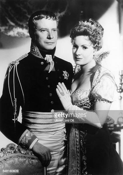 Leuwerik Ruth Actress Germany * Scene from the movie 'Koenigin Luise' also known as 'Queen Luise' with Dieter Borsche Directed by Wolfgang...