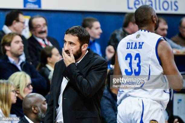 Levallois head coach Frederic Fauthoux and Boris Diaw of Levallois during the Pro A match between Levallois and Limoges on October 7 2017 in...