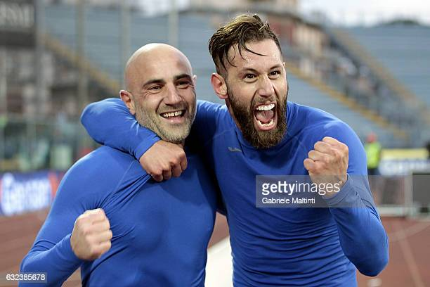 Levan Mchedlidze and Massimo Maccarone of Empoli FC celebrates the victory after during the Serie A match between Empoli FC and Udinese Calcio at...