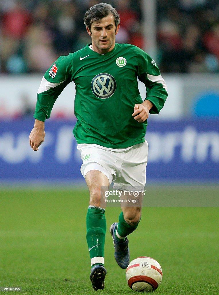 Levan Tskitishvili Of Wolfsburg In Action During The Bundesliga Match News Photo Getty Images