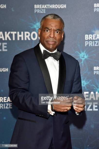 LeVar Burton attends the 2020 Breakthrough Prize Red Carpet at NASA Ames Research Center on November 03, 2019 in Mountain View, California.