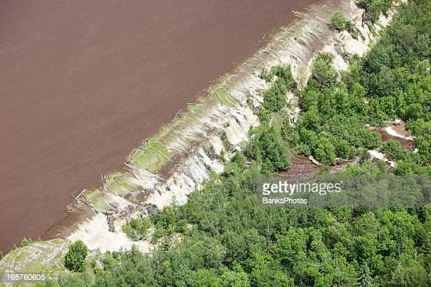 Damm brechen ließ von Floodwater