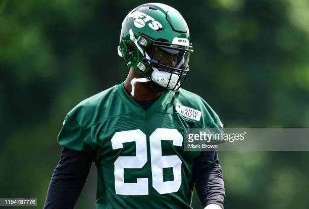 LeVeon Bell of the New York Jets during day two of mandatory minicamp at the Atlantic Health Jets Training Center on June 5, 2019 in Florham Park,...