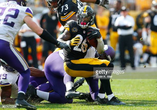 Le'Veon Bell of the Pittsburgh Steelers in action against the Minnesota Vikings on September 17 2017 at Heinz Field in Pittsburgh Pennsylvania