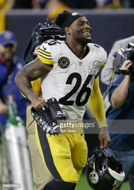 Le'Veon Bell of the Pittsburgh Steelers leaves the field after a 346 win over the Houston Texans at NRG Stadium on December 25 2017 in Houston Texas