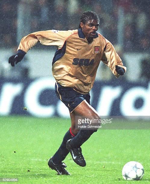 LEAGUE 01/02 Leverkusen BAYER 04 LEVERKUSEN ARSENAL LONDON FC 11 Nwankwo KANU/ARSENAL LONDON