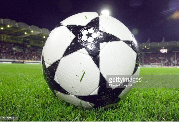 Leverkusen; BAYER 04 LEVERKUSEN - MACCABI HAIFA 2:1; CHAMPIONS LEAGUE BALL