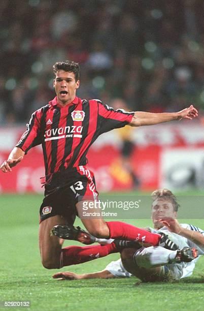 1 BUNDESLIGA 00/01 Leverkusen BAYER 04 LEVERKUSEN SpVgg UNTERHACHING 10 Michael BALLACK/LEVERKUSEN