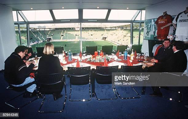 1 BUNDESLIGA 99/00 Leverkusen BAYER 04 LEVERKUSEN VIP LOGE IN DER BAYARENA