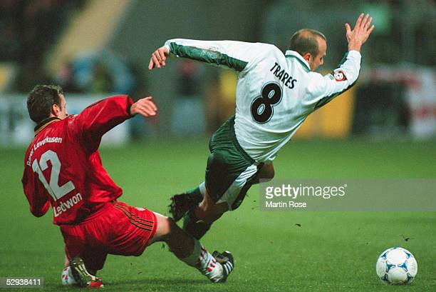 1 BUNDESLIGA 98/99 Leverkusen BAYER LEVERKUSEN WERDER BREMEN 20 Adam LEDWON/BAYER LEVERKUSEN Bernhard TRARES/WERDER BRENEN FOUL