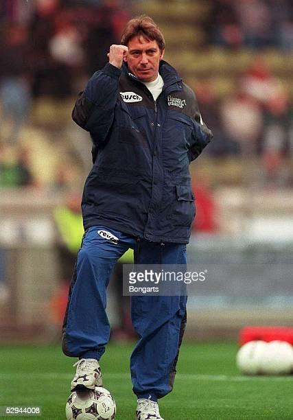 Leverkusen Trainer Bernd KRAUSS