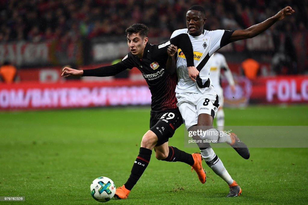 Leverkusen's Kai Havertz and Gladbach's Denis Zakaria vie for the... News  Photo - Getty Images