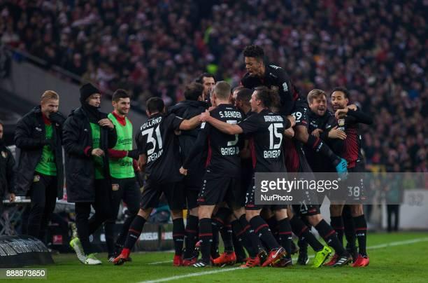 Leverkusens Kevin Volland Sven Bender Julian Baumgartlinger Karim Bellarabi and Benjamin Henrichs celebrate the 20 goal during the Bundesliga match...