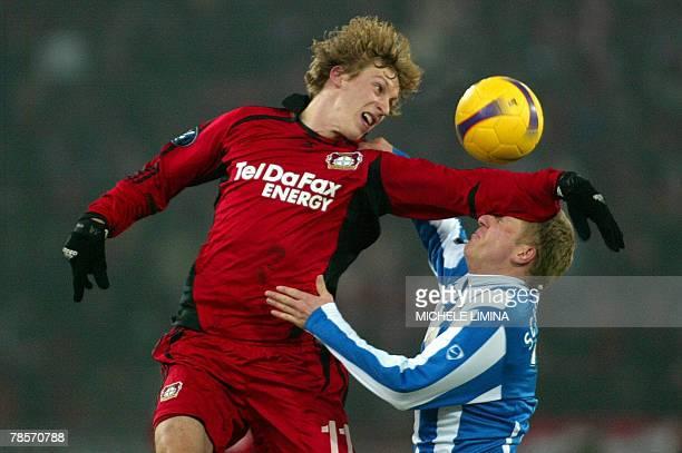 Leverkusen's Stefan Kiessling fight's for the ball with FC Zurich's Marc Schneider during their UEFA Cup group E match FC Zurich Bayer Leverkusen at...