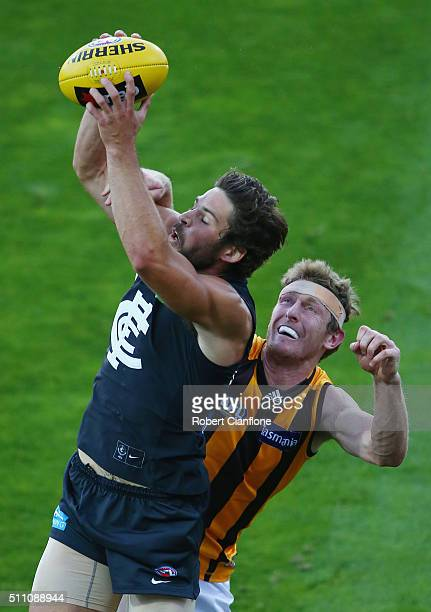 Levi Casboult of the Blues marks the ball during the 2016 AFL NAB Challenge match between the Hawthorn Hawks and the Carlton Blues at Aurora Stadium...