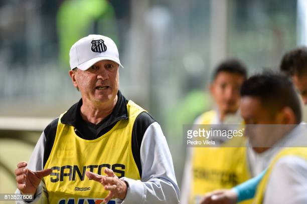 Levir Culpi coach of Santos during a match between Atletico MG and Santos as part of Brasileirao Series A 2017 at Independencia stadium on July 12...