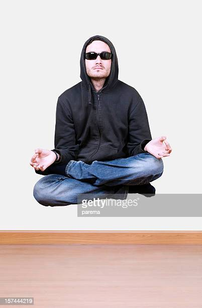 Levitating et méditer
