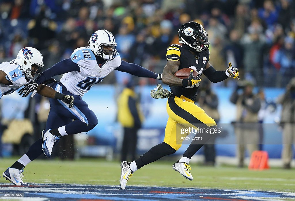 Pittsburgh Steelers v Tennessee Titans : Fotografía de noticias