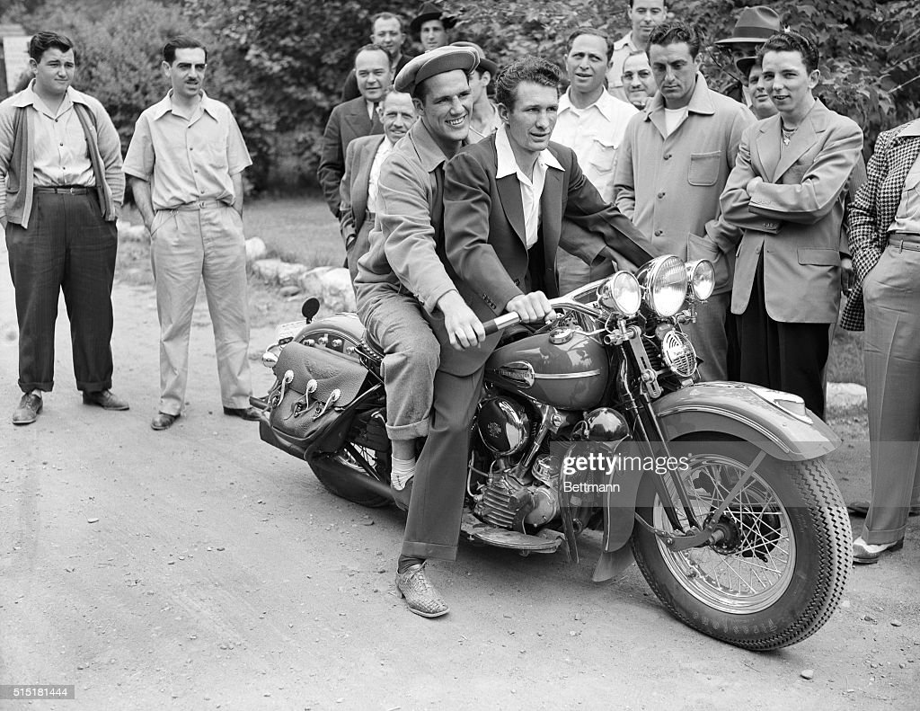 Lew Jenkins Motorcycle Riding : News Photo