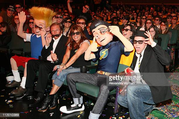 Lewis Adam West Tera Bonilla and Wilbur during 'Meet the Robinsons' Special Screening at El Capitan at El Capitan in Hollywood CA United States