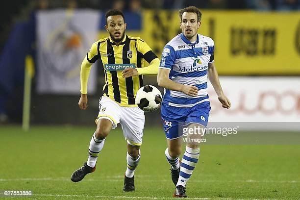 Lewis Baker of Vitesse Arnhem Wout Brama of PEC Zwolleduring the Dutch Eredivisie match between Vitesse Arnhem and PEC Zwolle at Gelredome on...