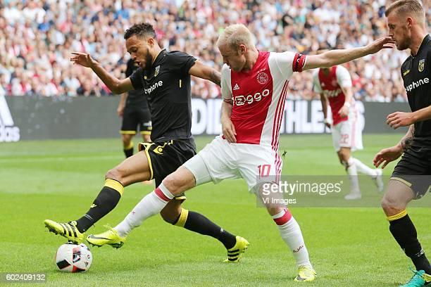 Lewis Baker of Vitesse Davy Klaassen of Ajax
