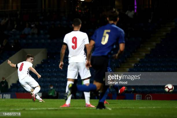 Lewis Bate of England scores their side's first goal during the U20 International match between England and Italy at Technique Stadium on October 07,...