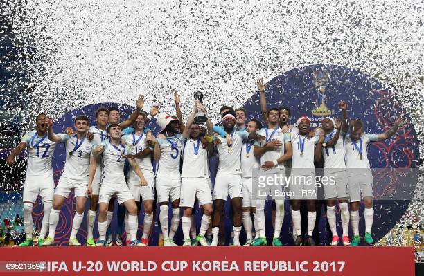 Lewis Cook of England lifts the trophy after winning the FIFA U20 World Cup Korea Republic 2017 Final match between Venezuela and England at Suwon...