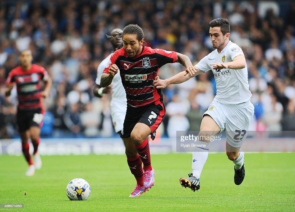 Leeds United v Huddersfield Town - Sky Bet Championship : News Photo