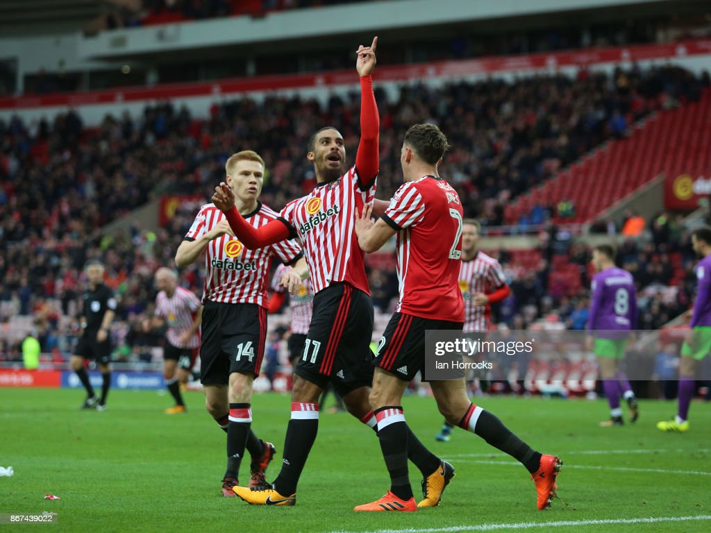 Lewis Grabbam (C) celebrates after he scores the first Sunderland goal during the Sky Bet Championship match between Sunderland and Bristol City at Stadium of Light on October 28, 2017 in Sunderland, England.