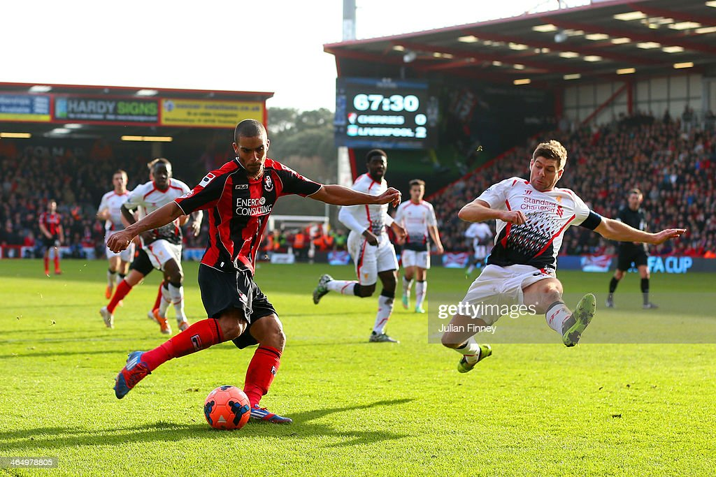 Bournemouth v Liverpool - FA Cup Fourth Round : ニュース写真