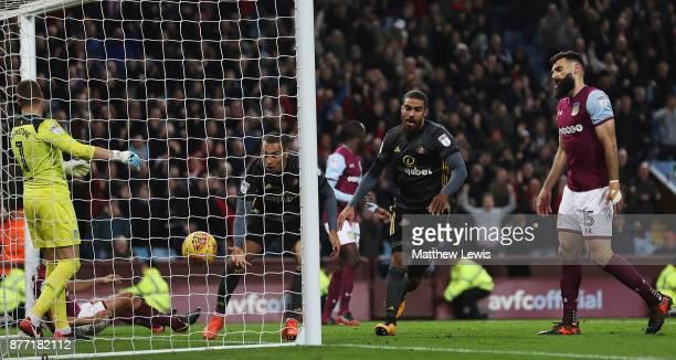 Lewis Grabban of Sunderland celebrates his goal during the Sky Bet Championship match between Aston Villa and Sunderland at Villa Park on November 21...