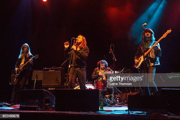 Lewis Grounds Conor Wilde Sayon BeaufortHarwood and Cameron Gavin of Sittin Pretty performs at O2 Shepherd's Bush Empire on November 11 2016 in...