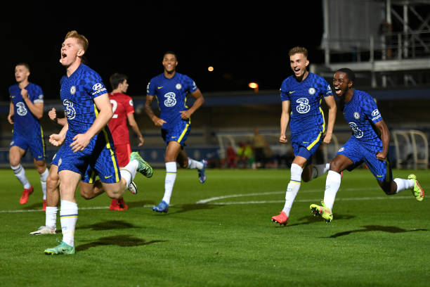 Lewis Hall of Chelsea celebrates scoring the wining goal during the Premier League 2 match between Chelsea and Liverpool on September 24, 2021 in...