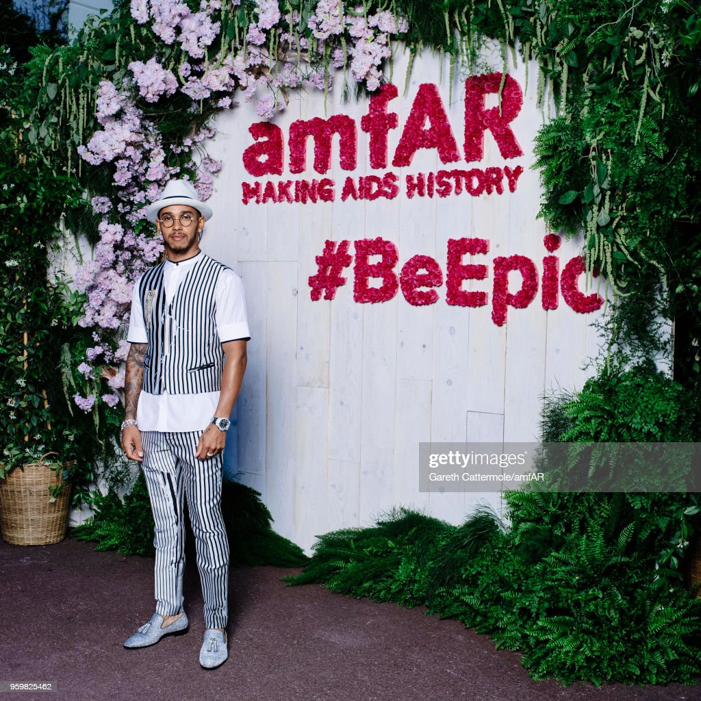 Lewis Hamilton attends the amfAR Gala Cannes 2018 Studio at Hotel du Cap-Eden-Roc on May 17, 2018 in Cap d'Antibes, France.