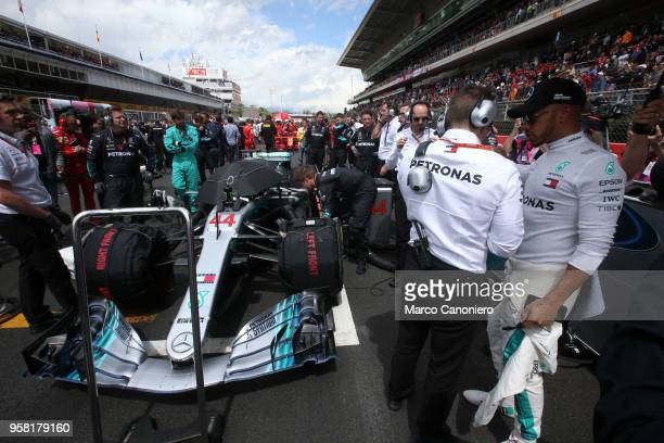CATALUNYA MONTMELò BARCELONA SPAIN Lewis Hamilton of Great Britain and Mercedes AMG Petronas F1 Team on the starting grid during the Spanish Formula...