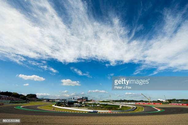 Lewis Hamilton of Great Britain and Mercedes during the Formula One Grand Prix of Japan at Suzuka Circuit on October 8 2017 in Suzuka