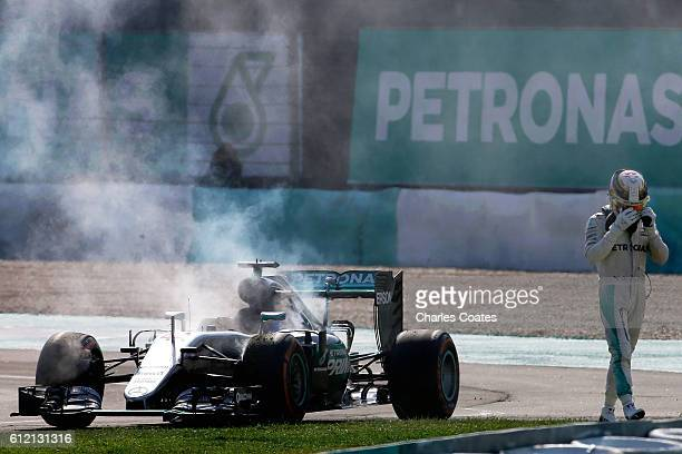 Lewis Hamilton of Great Britain driving the Mercedes AMG Petronas F1 Team Mercedes F1 WO7 Mercedes PU106C Hybrid turbo retires from the grand prix...