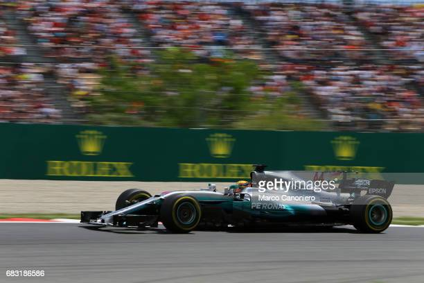 DE CATALUNYA MONTEMELò BARCELONA SPAIN Lewis Hamilton of Great Britain driving the Mercedes AMG Petronas F1 Team Mercedes F1 WO8 on track during the...