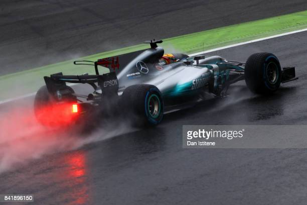 Lewis Hamilton of Great Britain driving the Mercedes AMG Petronas F1 Team Mercedes F1 WO8 o during qualifying for the Formula One Grand Prix of Italy...