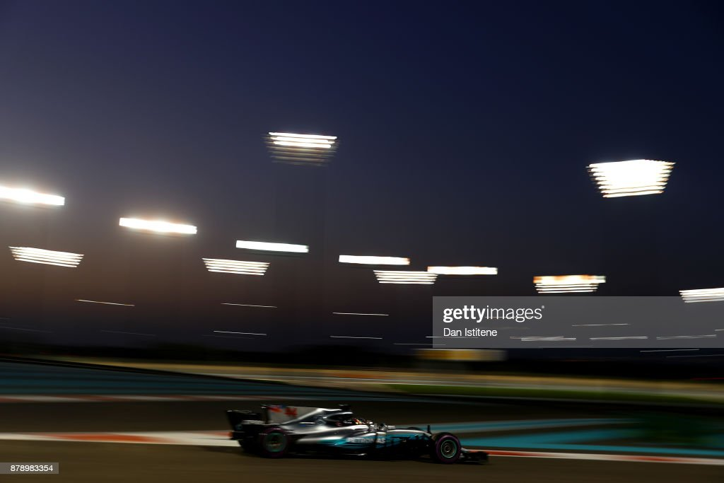 Lewis Hamilton of Great Britain driving the (44) Mercedes AMG Petronas F1 Team Mercedes F1 WO8 on track during qualifying for the Abu Dhabi Formula One Grand Prix at Yas Marina Circuit on November 25, 2017 in Abu Dhabi, United Arab Emirates.
