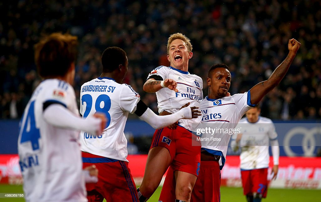 Lewis Holtby (C) of Hamburg celebrate with his tem mates the 3rd goal during the Bundesliga match between Hamburger SV and Borussia Dortmund at Volksparkstadion on November 20, 2015 in Hamburg, Germany.