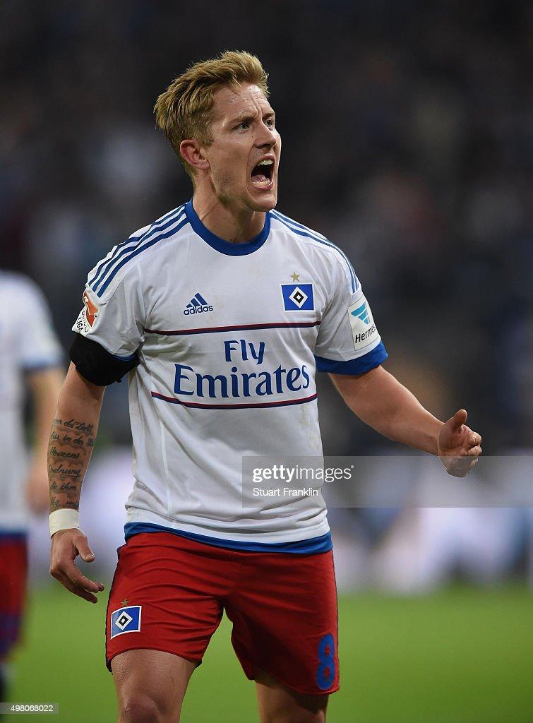 Lewis Holtby of Hamburg celebrates scoring the second goal during the Bundesliga match between Hamburger SV and Borussia Dortmund at Volksparkstadion on November 20, 2015 in Hamburg, Germany.