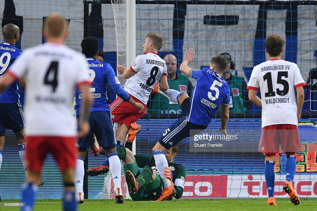 Lewis Holtby of Hamburg (8) scores a goal to make it 2:1 during the Bundesliga match between Hamburger SV and FC Schalke 04 at Volksparkstadion on April 7, 2018 in Hamburg, Germany.